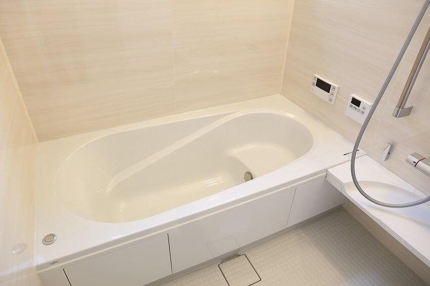 浴槽にお湯が出てこない、たまらない