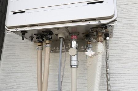 水漏れを確認する|ガス給湯器