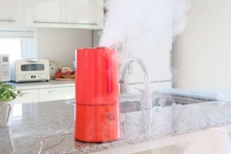 加湿器が原因でガスコンロの火(炎)が赤い