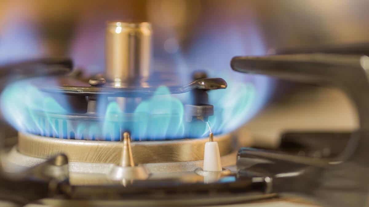 ガスコンロの火がつかない原因と直し方