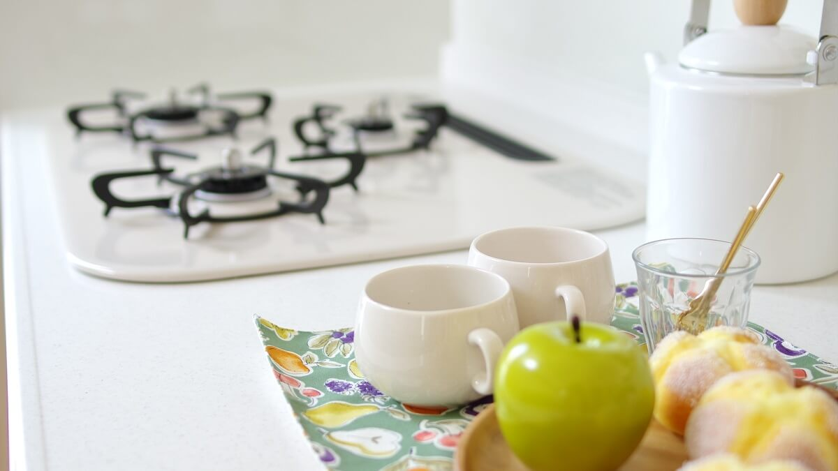 ガスコンロ|キッチンの色のコーディネート