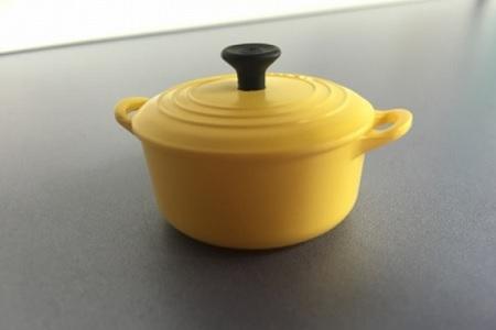 ガスコンロ|キッチンのお鍋の色とコーデ