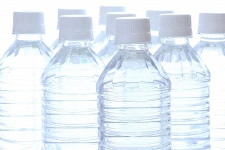 ペットボトルの水をストック